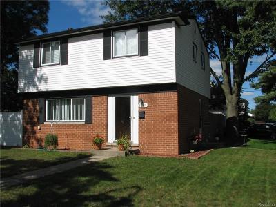 Westland MI Single Family Home For Sale: $157,500
