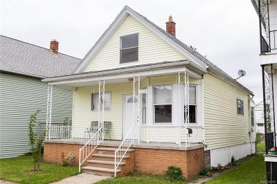 Hamtramck Single Family Home For Sale: 11750 Sobieski Street