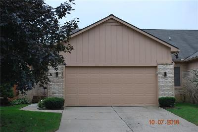 Farmington Hills Condo/Townhouse For Sale: 35285 Lone Pine Lane