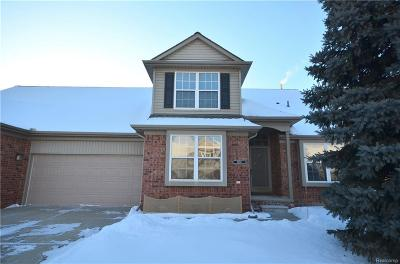 STERLING HEIGHTS Condo/Townhouse For Sale: 5659 Victory Crl