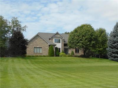 City Of The Vlg Of Clarkston, Clarkston, Independence, Independence Twp Single Family Home For Sale: 4685 Indianwood Court