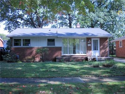 Royal Oak Single Family Home For Sale: 1018 Symes Court