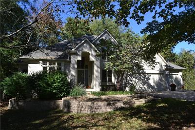 West Bloomfield, West Bloomfield Twp Single Family Home For Sale: 2606 Alden Court