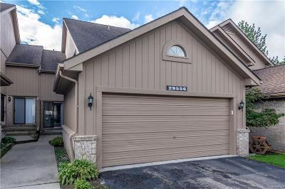 Farmington Condo/Townhouse For Sale: 29556 Sierra Point Circle