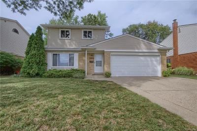 Plymouth Single Family Home For Sale: 40734 Pinetree Drive