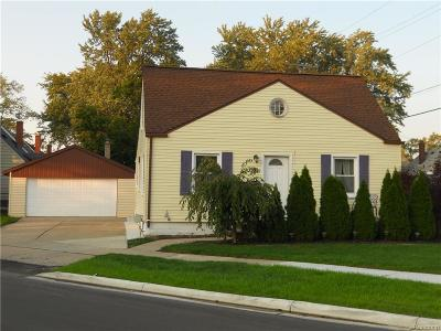 Ferndale Single Family Home For Sale: 1919 Shevlin Street
