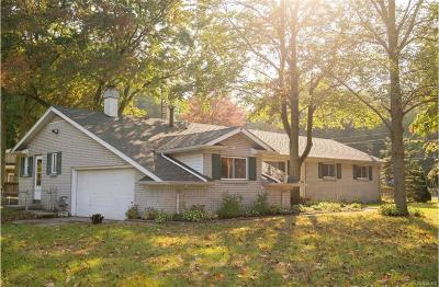 Bedford Twp MI Single Family Home For Sale: $187,900