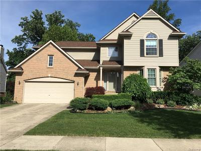 Wixom Single Family Home For Sale: 1031 Trailside Boulevard