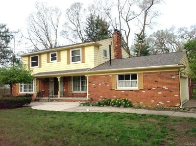 Beverly Hills Vlg Single Family Home For Sale: 32901 Blossom Court
