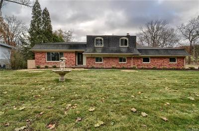 West Bloomfield Twp Single Family Home For Sale: 3225 W Long Lake Road
