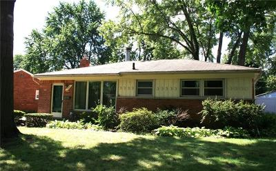 Livonia Single Family Home For Sale: 35185 Richland Street