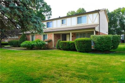 Farmington Hills Single Family Home For Sale: 28818 E King William Drive