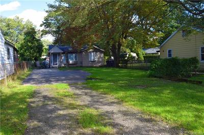 Taylor Single Family Home For Sale: 15709 McGuire Street