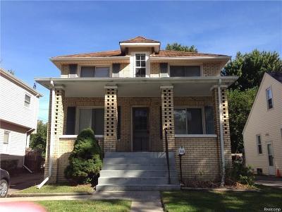Hazel Park Single Family Home For Sale: 343 E Meyers Avenue