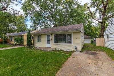 Hazel Park Single Family Home For Sale: 1561 E Meyers Avenue