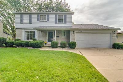 Livonia Single Family Home For Sale: 36499 Grove Street