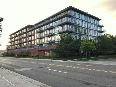 Royal Oak Condo/Townhouse For Sale: 101 Curry Avenue #326