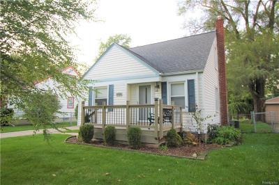 Berkley Single Family Home For Sale: 1574 Princeton Road