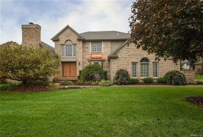 Plymouth Single Family Home For Sale: 11645 Deer Creek Circle