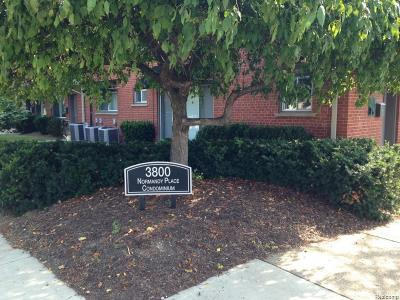 Royal Oak Condo/Townhouse For Sale: 3800 Normandy Road #11