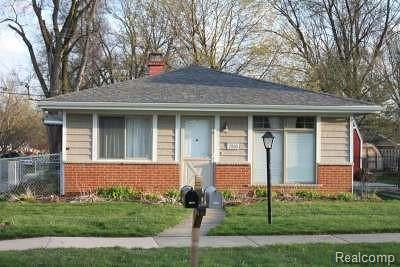 Livonia Single Family Home For Sale: 28011 Long Street