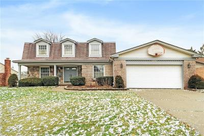 Livonia Single Family Home For Sale: 33424 6 Mile Road