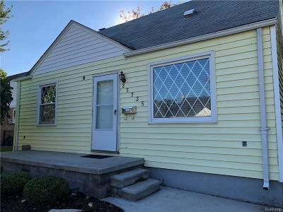 St. Clair Shores MI Single Family Home For Sale: $139,000