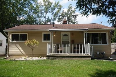 Royal Oak Single Family Home For Sale: 4241 Crooks Road