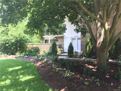 Farmington Hills Single Family Home For Sale: 30123 Fox Grove Road
