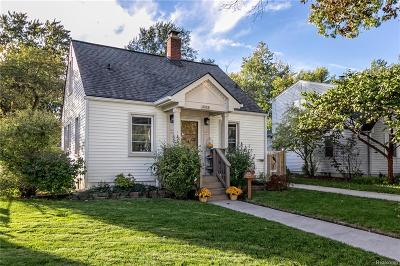 Berkley Single Family Home For Sale: 3753 Cummings Avenue