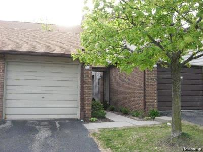 West Bloomfield, West Bloomfield Twp Condo/Townhouse For Sale: 6600 Ridgefield Circle #203