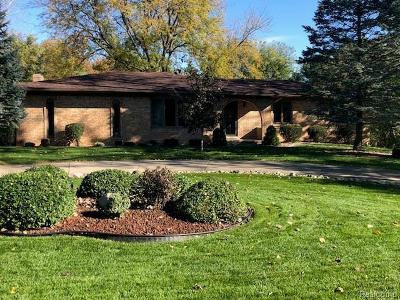 Washington Twp Single Family Home For Sale: 60400 Miriam Drive