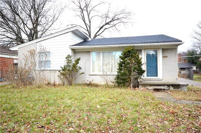 Livonia MI Single Family Home For Sale: $165,000