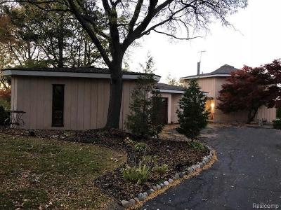 West Bloomfield Twp Single Family Home For Sale: 2525 Leroy Lane