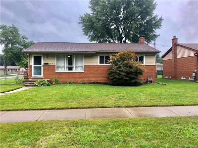 Westland MI Single Family Home For Sale: $154,900