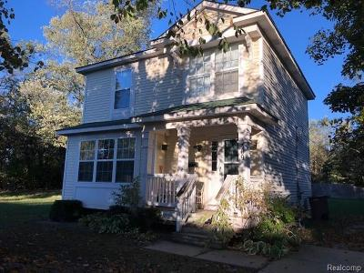 Pontiac Single Family Home For Sale: 309 Russell Street