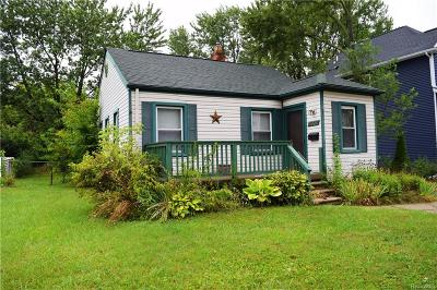 Berkley Single Family Home For Sale: 3931 Ellwood Avenue