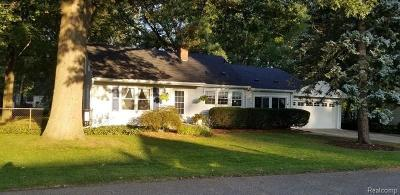 Garden City, Plymouth, Canton Twp, Livonia Single Family Home For Sale: 15544 Mayfield Street