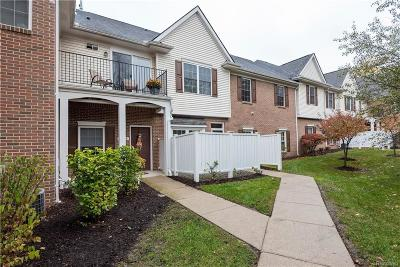 Waterford Twp Condo/Townhouse For Sale: 2854 Cottonwood Drive #B