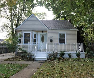 Royal Oak Single Family Home For Sale: 1812 E Hudson Avenue