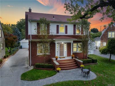 Ferndale,  Royal Oak, Berkley Single Family Home For Sale: 1318 Sunset Boulevard