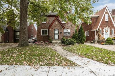 Wayne County, Oakland County Single Family Home For Sale: 5519 Bishop Street
