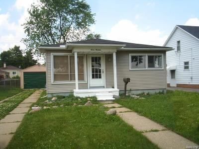 Pontiac Single Family Home For Sale: 719 E Madison