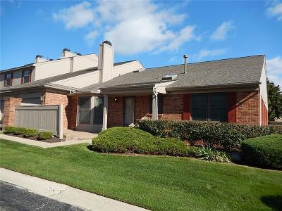 West Bloomfield, West Bloomfield Twp Condo/Townhouse For Sale: 7359 Meadowridge Circle