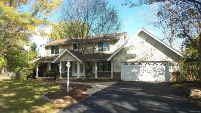 West Bloomfield Twp Single Family Home For Sale: 5860 Glen Eagles Drive