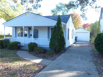Single Family Home For Sale: 5682 N Linville Street