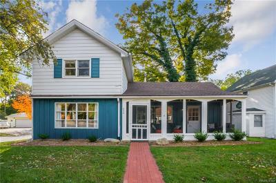 Brighton Single Family Home For Sale: 630 Spencer Road