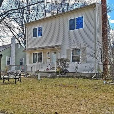 Single Family Home Pending: 3813 Prairie Avenue