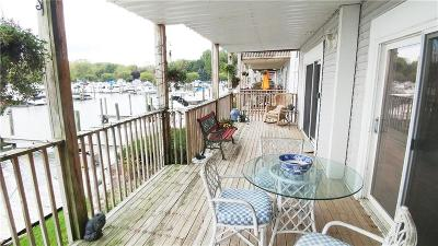Harrison Twp MI Condo/Townhouse For Sale: $189,000