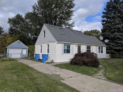 Dearborn Single Family Home For Sale: 25626 Notre Dame Street